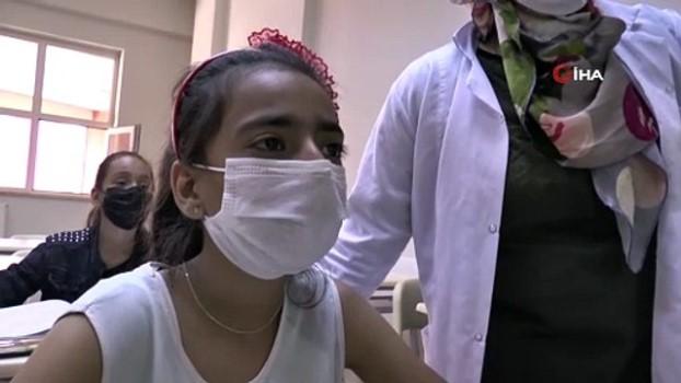 ermeni -  Afgan çocuklara Türkçe eğitimi