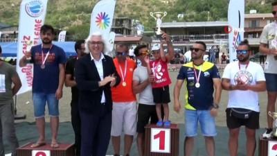sampiyon - Türkiye Yamaç Paraşütü Hedef Yarışması'nın üçüncü etap yarışları tamamlandı
