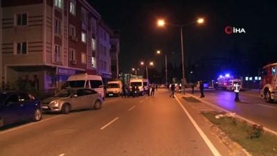 """yasli kadin -  Beylikdüzü'nde bir dairede yaşlı kadın ve oğlunun cesedi bulundu, odadaki """"Bomba düzeneği var yaklaşmayın"""" yazısı ekipleri alarma geçirdi"""