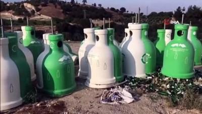 geri donusum -  Buldan Belediyesi geri dönüşüm konteynırlarını çöpe attı