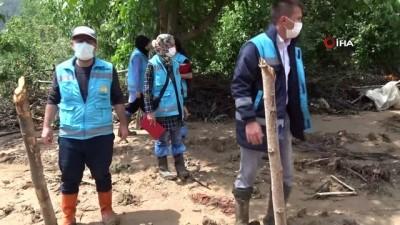 sel baskinlari -  Kütahya Hisarcık'ta sel sonrası hasar tespit çalışması başladı - Selden yaklaşık 10 bin dönüm arazi zarar gördü Videosu