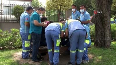 temizlik iscisi -  Bahçelievler'de seyyar aşı uygulaması ile sahada çalışan belediye personelleri aşı oldu