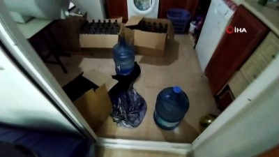 İzmir'de kaçak alkol operasyonu: 4 gözaltı