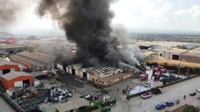 geri donusum - OSMANİYE - Drone - Plastik ve geri dönüşüm fabrikasında yangın (3)