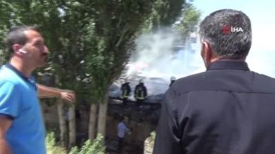 itfaiye eri -  Van'da ahır yangını; 3 yaralı
