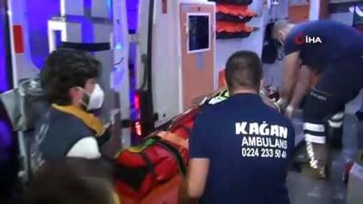 olay yeri inceleme -  Bursa'da alkollü sürücü polis noktasına böyle daldı: 2'si polis 4 yaralı