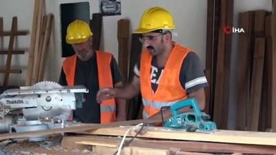 mobilya -  Dünyanın en büyük çay bardağı inşaatında çalışan işçiler bir rekora imza atmanın gururunu yaşıyor