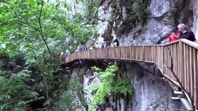 yuruyus yolu - KASTAMONU - Kazakistan heyeti Horma Kanyonu'na hayran kaldı
