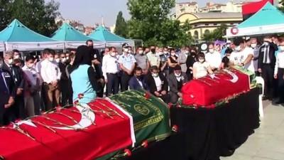cenaze araci -  Kazada vefat eden BASKİ personelleri için tören düzenlendi