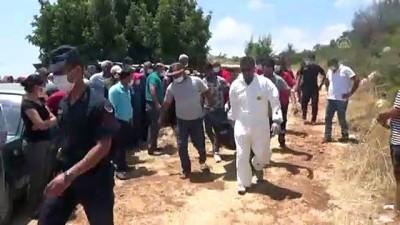 tarim - MERSİN - Devrilen tarım aracının altında kalan sürücü hayatını kaybetti