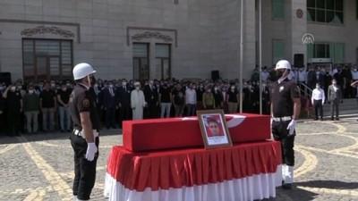 cenaze araci - SİİRT - Trafik kazası sonucu hayatını kaybeden polis memuru Demircioğlu için tören yapıldı
