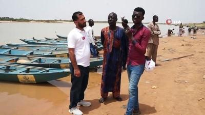 online -   Yedi Başak Yardım Derneği'nden Nijer vatandaşlarına balıkçı teknesi