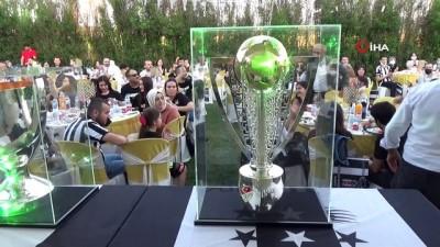 sampiyon - Yenişehir'de şampiyona özel gece hazırlandı
