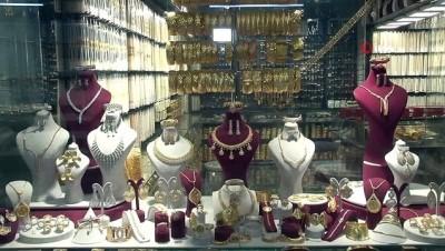 dugun sezonu -  Altın fiyatları uçunca imitasyon bileziklere talep arttı