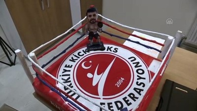 dunya sampiyonasi - ERZURUM - Milli kick boksçu Cebrail Gençoğlu ringde madalya, fakültede akademik kariyer peşinde