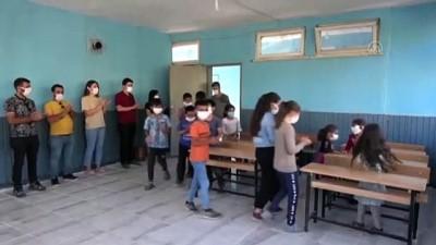okul binasi - VAN - Atıl durumdaki prefabrik okul binası, kırsal mahalledeki öğrencilerin yeni eğitim yuvası oldu