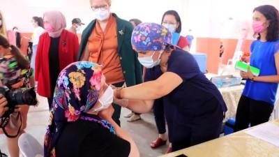 agri merkez - Kırklareli'nde nüfusun yarısından fazlası ilk doz Kovid-19 aşısı oldu