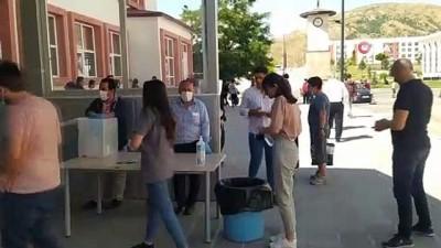 maraton -  Bitlis'te YKS'nin ikinci oturumu başladı