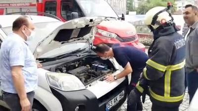 yavru kedi -  Aracın motor kısmına giren kedi itfaiye ekipleri tarafından kurtarıldı