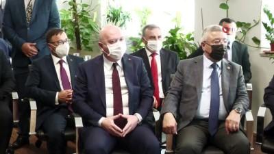 - Bakan Muş: 'KKTC için ihracat eylem planı hazırlanmasına destek olacağız' - Ticaret Bakanı Muş, KKTC Ekonomi ve Enerji Bakanı Arıklı ile görüştü