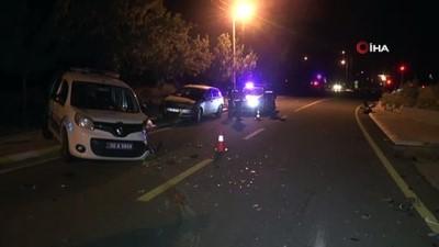 polis araci -  Dur ihtarına uymayan sürücü polis aracına çarptı: 3 yaralı