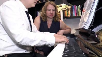 Gaziantep piyanoda dünya birinciliklerine doymuyor