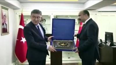 İSTANBUL - Özbekistan İçişleri Bakanı İstanbul Emniyet Müdürlüğünü ziyaret etti
