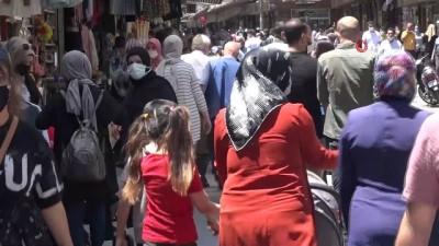 Normalleşme sonrası Gaziantep'te çarşı yoğunluğu arttı