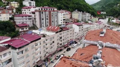 hukumet konagi -  Selin yaralarının sarıldığı Dereli'de afet konutlarının inşasında önce güvenlik, sonra estetiğe önem veriliyor