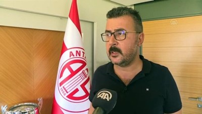 ANTALYA - Antalyaspor, gelecek sezon ligi ilk 5'te tamamlayarak Avrupa'ya gitmeyi hedefliyor