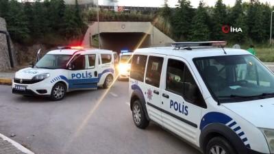 kalaba -  Boş arazide alkol alan şahıslar polis ekiplerine saldırdı: 9 gözaltı