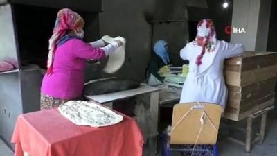 kabil -  Çocuk yaşlarda pişirmeyi öğrendiği tandır ekmeği gelir kapısı oldu