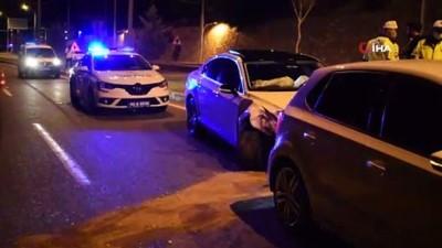 İki otomobil çarpıştı: 1 hafif 3 yaralı