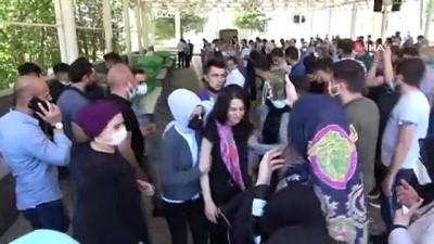 korkuluk -  Şanlıurfa'daki feci kazada ölen 3 kişi Gaziantep'te defnedildi