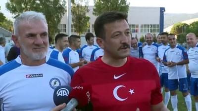 beraberlik - İZMİR - TBMM Parlamenterler Futbol Takımı, Ege Üniversitesi Masterler ile karşılaştı