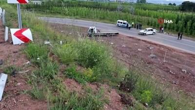 yasli kadin -  Kuzey Marmara Otoyolu bağlantı yolunda feci kaza: 1 ölü, 2 yaralı