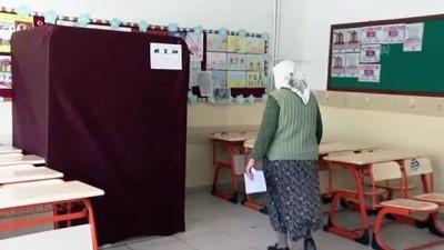 kabil - Ankara'da 8 mahallede muhtarlık seçimi yapılıyor
