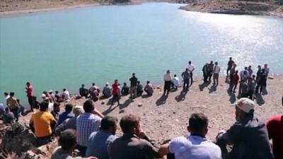 gozyasi - GAZİANTEP - Serinlemek için girdiği sulama göletinde kaybolan genç aranıyor