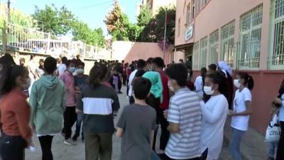 okul binasi - ŞIRNAK - LGS kapsamındaki merkezi sınav başladı