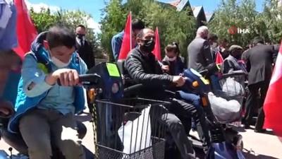 sosyal sorumluluk -  120 engellinin akülü araç ve tekerlekli sandalye sevinci