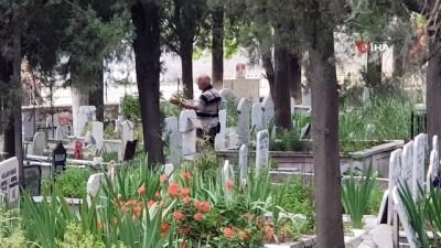 yasli adam -  Edremit'te polisin hayat kurtaran hamlesi kamerada