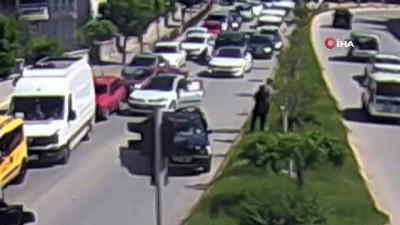 polis araci -  Tokat'ta kaza sonrası yaşanan gergin anlar MOBESE kameralarına yansıdı