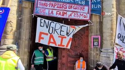 yasam mucadelesi -  -  Brüksel'de insanlık dramı: Kaçak göçmenler kilisede açlık grevinde