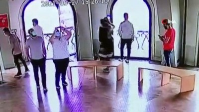 korkuluk -  Galata Kulesi'nden atlayan genç kız kamerada