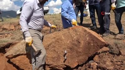 kabil -  Mevsimlik işçiler ekmeklerini taştan çıkarıyor