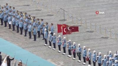 makam araci -  Cumhurbaşkanı Erdoğan, Kırgız Cumhuriyeti Cumhurbaşkanı  Caparov'u resmi törenle karşıladı
