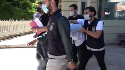 catisma -  Maltepe'de kalaşnikofla 2 kişiyi yaralayan şahıs adliyeye sevk edildi