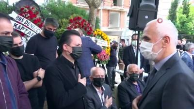 siyasi parti -  Tuzla Belediye Başkanı Dr. Şadi Yazıcı'nın annesi son yolculuğuna uğurlandı