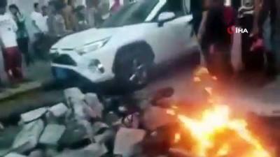 catisma -  - Yemen'de BAE destekli GGK güçleri göstericilere saldırdı
