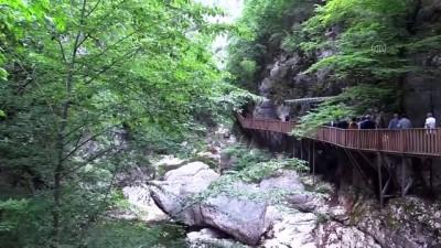 yuruyus yolu - KASTAMONU - Doğal güzellikleriyle ünlü Kastamonu normalleşme sürecinde ziyaretçilerini bekliyor